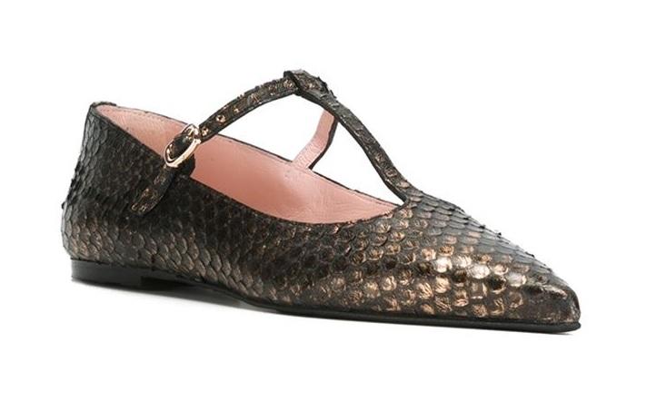 bar shoe